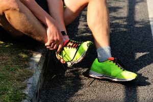 treat running injuries